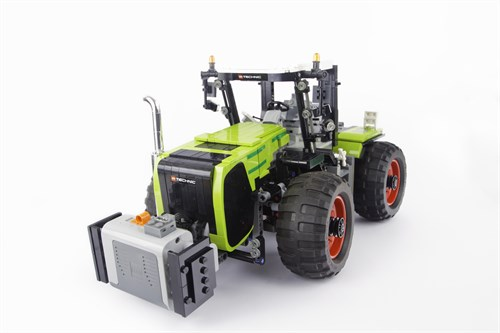 Claas Xerion - radio controlled tractor